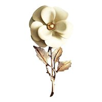 AVON signed Enameled Cream Color Flower with Goldtone Leaves