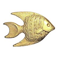 Cute Fish Goldtone Brooch with Pretty Etched Design
