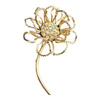 SARAH COVENTRY - Goldtone Flower Pin Brooch with Pretty Clear Rhinestone Center