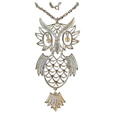 Cute Large Owl with Moving Parts Silvertone Necklace with Pretty Rhinestone Eyes