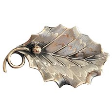 REDUCED- BEAU STERLING - Beautiful Detailed Leaf Pin Brooch