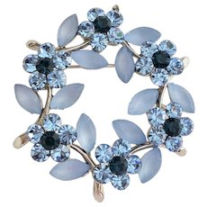 Beautiful Blue Flower Cluster on Silvertone Circle Pin Brooch with Sparkling Rhinestones