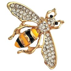 Cute Bumble Bee Goldtone Pin Brooch with Pretty Rhinestone Accents