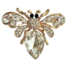 Cute Bumble Bee Goldtone Pin Brooch with Pretty Sparkling Rhinestone Accents