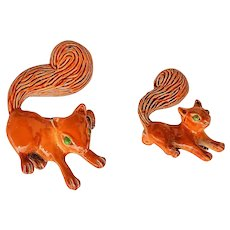 GERRYS signed  Mom and Baby Squirrel  Pin Brooch with Pretty Brown Enamel