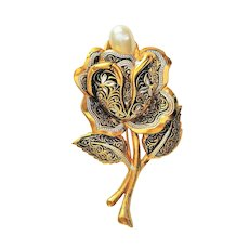 SPAIN signed Damascene Large Flower Pin Brooch with Pretty Faux Pearl Center