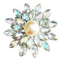Sparkling Rhinestone Flower Brooch with Pretty Faux Pearl Center