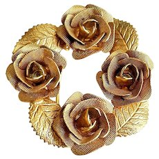 Wreath of Roses Goldtone Brooch with Leaves