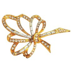 PELL signed Pretty Bow Goldtone Brooch Pin with Sparkling Rhinestones