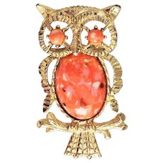 GERRYS signed Goldtone and Peach Marbled Owl Pin Brooch /Pendant