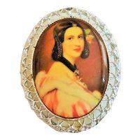 Pretty Vintage Portrait of a Lady on Ceramic Pin Brooch with Silvertone Frame