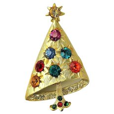 Very Nice Christmas Tree with Sparkling Crystals Pin Brooch