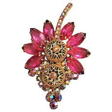 50% OFF -  Goldtone Flower Pin Brooch with Pink Rhinestone