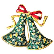 Pretty Goldtone with Green Christmas Bells Pin Brooch