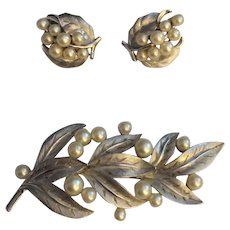 Vintage Royal Crown Trifari Silvertone Faux Pearl Pin Brooch with Matching Clip Earrings