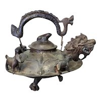 Mid to Late 19th Century Chinese Bronze Dragon Spout Claw Foot Wine Pot