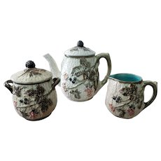 Late 19th Century English Wedgwood Majolica Porcelain Blackberry Pattern Teapot, Sugar Bowl, and Creamer Set