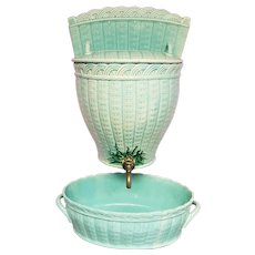 Mid 19th Century French Creil-Montereau Faience Porcelain Teal Basket Weave Pattern Lavabo and Basin