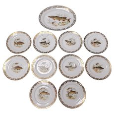 Early 20th Century French Limoges Porcelain Gilded Fish Motif Service Set (10 Plates and 1 Platter)