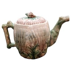 Late 19th Century Griffin, Smith, & Hill Etruscan Majolica Porcelain Seashell Pattern Teapot