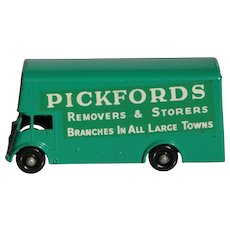 Lesney Matchbox Pickfords Van 46B BPW