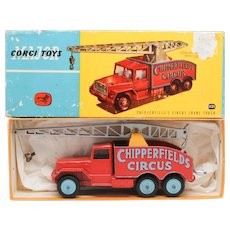 Corgi Chipperfields Circus Crane Truck 1121 with early Lift-Off Box