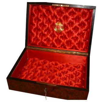 Inlaid Amboyna Jewelry – Table Box. 100% Original. C1875