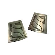 Sterling silver Taxco screw back earrings