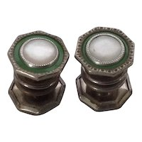Snap Link Green Enamel and Mother of Pearl cuff links