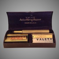 Valet Auto-Strop Razor and original blades in metal promotional case