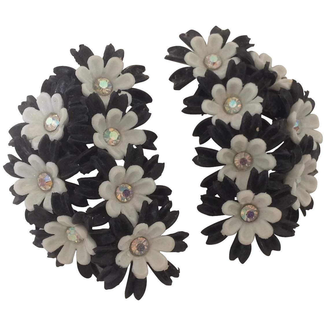 Big And Bold Black And White Floral Earrings Carolyns Timeless