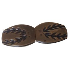 Celluloid Cape Clasp or Buckle with Deeply Molded DesignThis