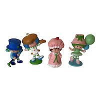 Set of 4 Strawberry Shortcake Friend Figures. Crepe Suzette, Lime Chiffon, Blueberry Muffin and Strawberry Shortcake