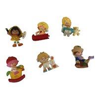 Set of 6 Vintage Strawberry Shortcake Friends and Babies Figures.