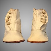White leather high button shoes for toddler or large doll
