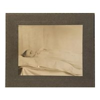 Post Mortem photograph of infant 1909