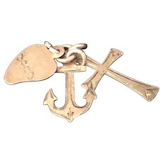Vintage gold tone charm Faith, Hope and Love with Anchor, Heart and Cross
