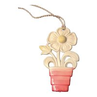 Vintage Shade Pull with Flower in Flower Pot