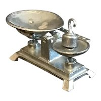 Dollhouse Miniature White Metal Farm Scale with Pan and Weight