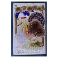 1915 Embossed and air-brushed Thanksgiving postcard