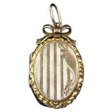 Antique Edwardian Bow 9ct 9K Yellow Gold Oval Striped Fancy Locket Pendant