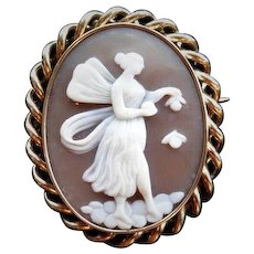 Antique Victorian Bullmouth Shell Hand Carved Woman Angel Goddess Cameo Gold Brooch Pin