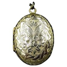 Antique Victorian Rolled Gold Oval Photo Locket Pendant