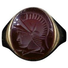 Vintage Agate Gladiator Intaglio 9ct 9K Yellow Gold Signet Ring London 1965