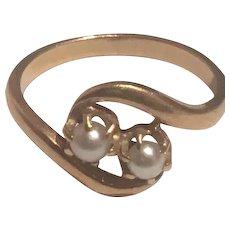 Antique French Art Nouveau Toi Et Moi natural see pearls un 18 K Gold 1910