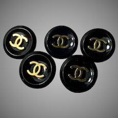 5 Chanel buttons  black 18mm