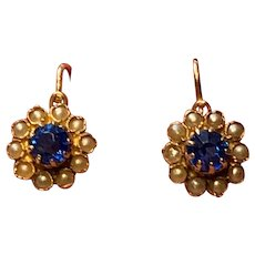 Antique Edwardian 18 K Gold Faux saphir and Seed Pearl Flower Drop Earrings