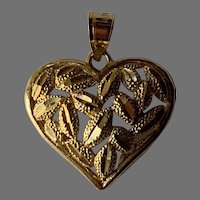 Vintage 10 K gold heart pendant