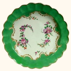 Worcester Antique Porcelain Green Ground Plate, Marchioness of Huntley Style, C.1770.