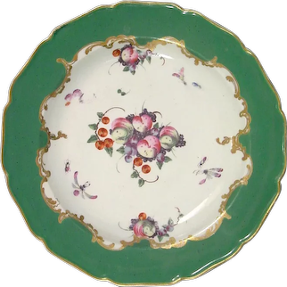 Worcester Green Ground Plate of Marchioness of Huntly Type Spotted Fruit, Insects C1770.